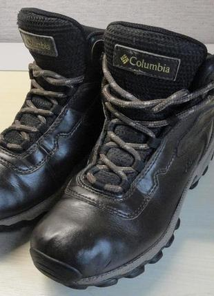 Демисезонные ботинки columbia 35р. (стелька 23 см)
