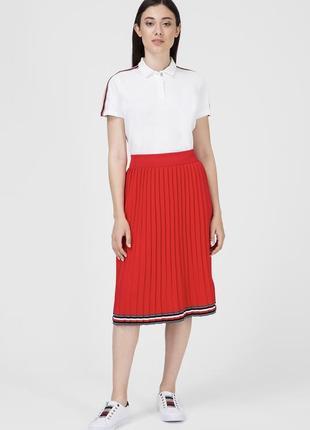 Красная юбка в складку вязка миди tommy hilfiger