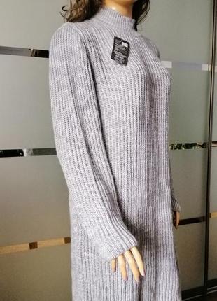 Стильное объёмное платье oversize шерстяное вязаное платье