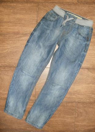 Стильные джинсы на 6-7 лет