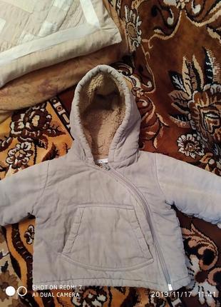 Курточка на 6-10месяцев