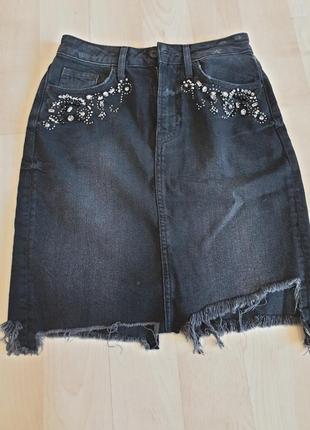 Юбка джинсовая h&m декор камни на карманах