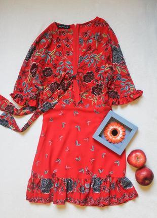 Яркое красное платье с завязками на груди от parisian, размер м