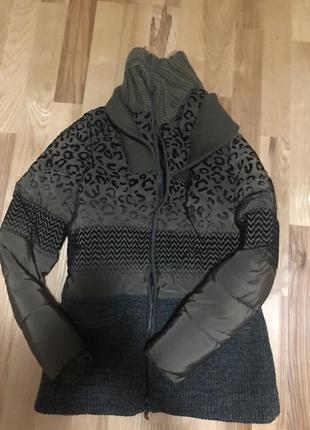 Стильная куртка desigual р.s