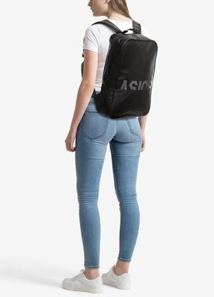 Суперстильный вместительный унисекс рюкзак черный asics core backpack bag