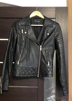 Крутая кожаная куртка!гранж