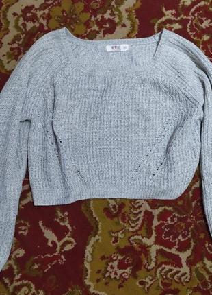 Укороченный свитер кроп топ