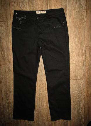 Черные прямые брюки джинсы р-р 14 бренд belcil