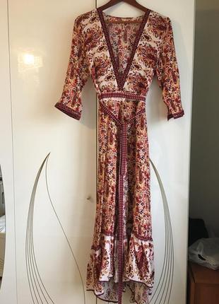 Легкое летнее платье-халат на запах