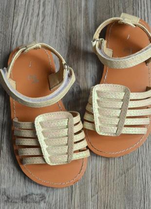 Босоножки сандалии блестящие tu 24