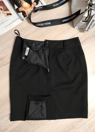 Отличная базовая классическая черная мини юбка