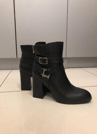 Кожаная обувь vittorossi