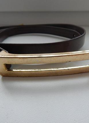 Ремень узкий  коричневый с металической пряжкой