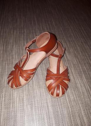 Zara кожаные сандали босоножки