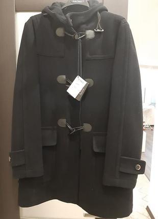 Качественное и стильное мужское пальто дафлклот
