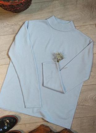 Теплый гольф свитерок голубого цвета