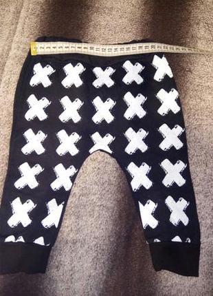Модные штанишки с небольшим начесиком на мальчика или девочку.