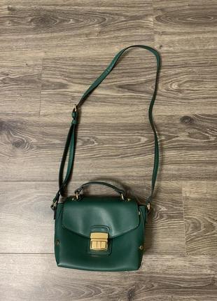 Как новая! сумка через плечо аксесорис accessorize маленькая зелёная