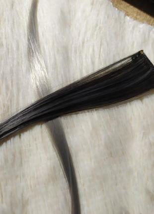 Волосы на заколке серые платина