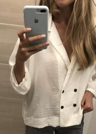 Блуза в пижамном стиле черного цвета  topshop