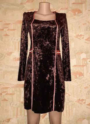 Велюровое, бархатное платье с длинным рукавом