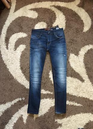 Сині джинси з потертостями slim fit skiny