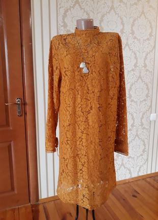 Нарядное вечернее коктейльное кружевное платье  в красивенном горчичном цвете