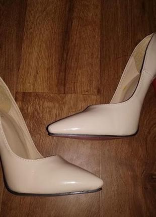 🎀🎀🎀красивые женские лаковые бежевые туфли 37 р. jo jo cat🔥🔥🔥