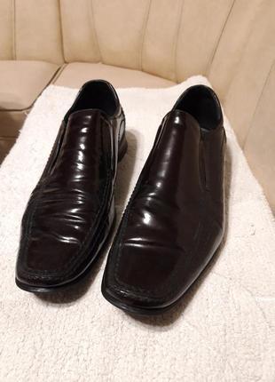 Туфли лаковые р.44