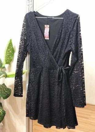 Кружевное чёрное платье, размер 16