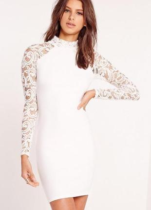Трендовое мини платье з ажурными рукавами
