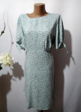 Милое платье из вискозы в цветочный принт