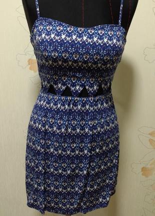 Летний короткий сарафан платье