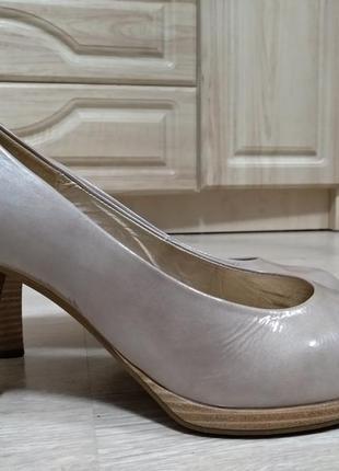 Туфли gabor кожа р. 41, 42 ст. 27,5 см., каблук 9см.