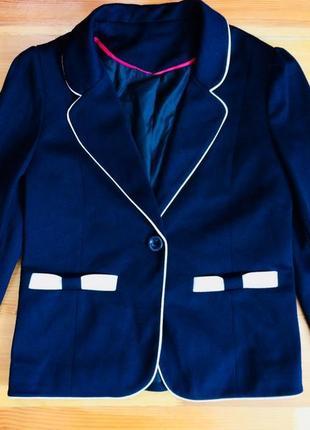 Шикарный пиджак-жакет на рост 122-128 см