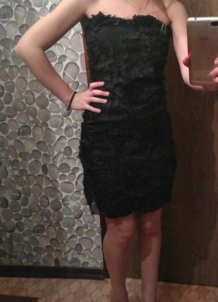 Черное платье с цветами и болеро
