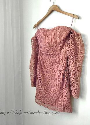 Роскошное кружевное мини платье