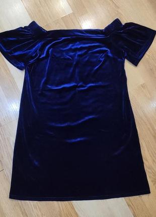 Новогоднее бархатное велюровые платье
