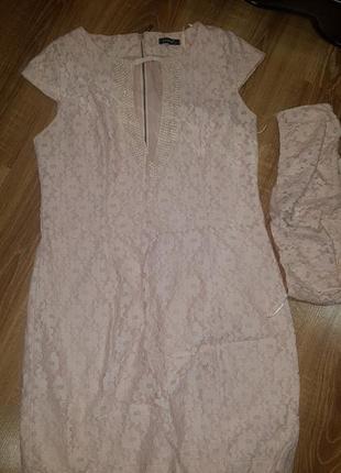 Нежное,  кружевное платье