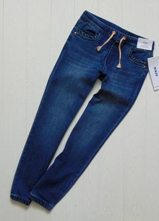 H&m. размер 5-6 лет. новые стильные стрейчевые джинсы для девочки