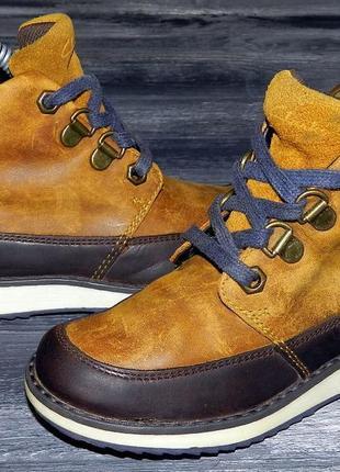 Clarks gore tex ! оригинальные, кожаные, невероятно крутые ботинки