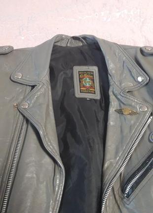 Продам крутую кожаную куртку косуху!