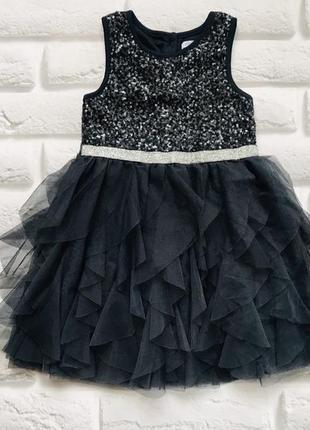 Primark стильное платье на девочку  3-4 года