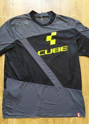 Футболка cube