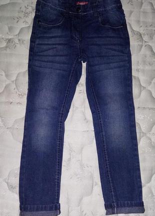 Стильные джинсы girls с потертостями на девочку 7лет 122