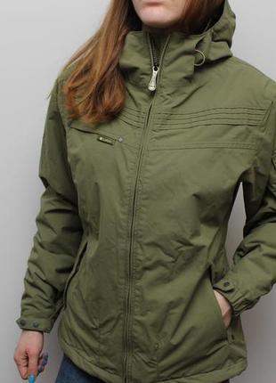 Отменная утепленная куртка burton