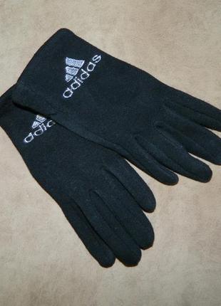 Перчатки детские черные adidas.