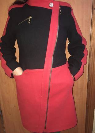 Продам модное пальто в идеальном состоянии