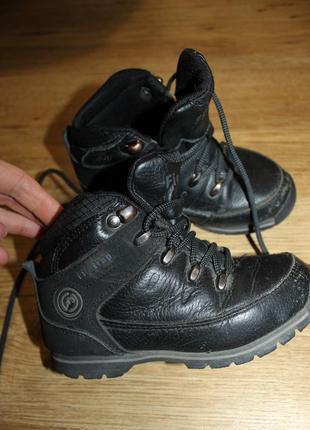 Ботинки кроссовки чёрные кожаные 26 размер firetrap