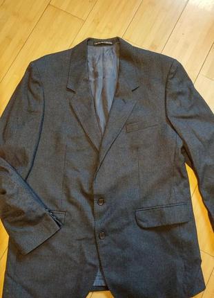 Красивый пиджак burton collection